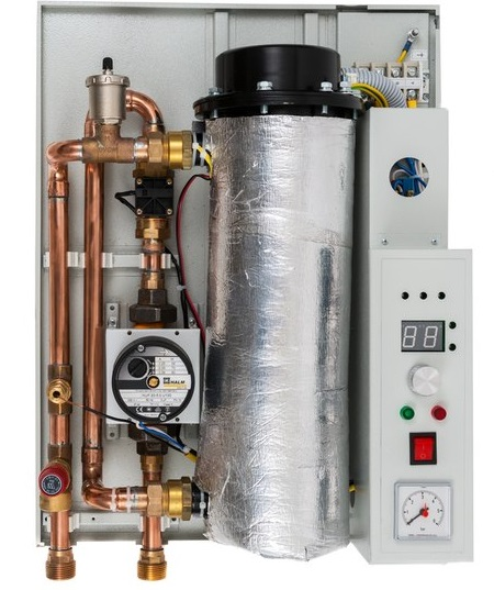 Elektrische Kesselwasserheizung zur Hütte. Elektroheizkessel für ...